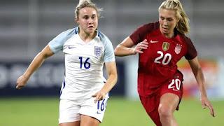 अंतराष्ट्रीय महिला फुटबाल देव औरंगाबाद
