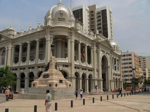 palacio municipal guayaquil