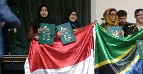 Tiga Pelajar Indonesia Juara Olimpiade Sains di Iran