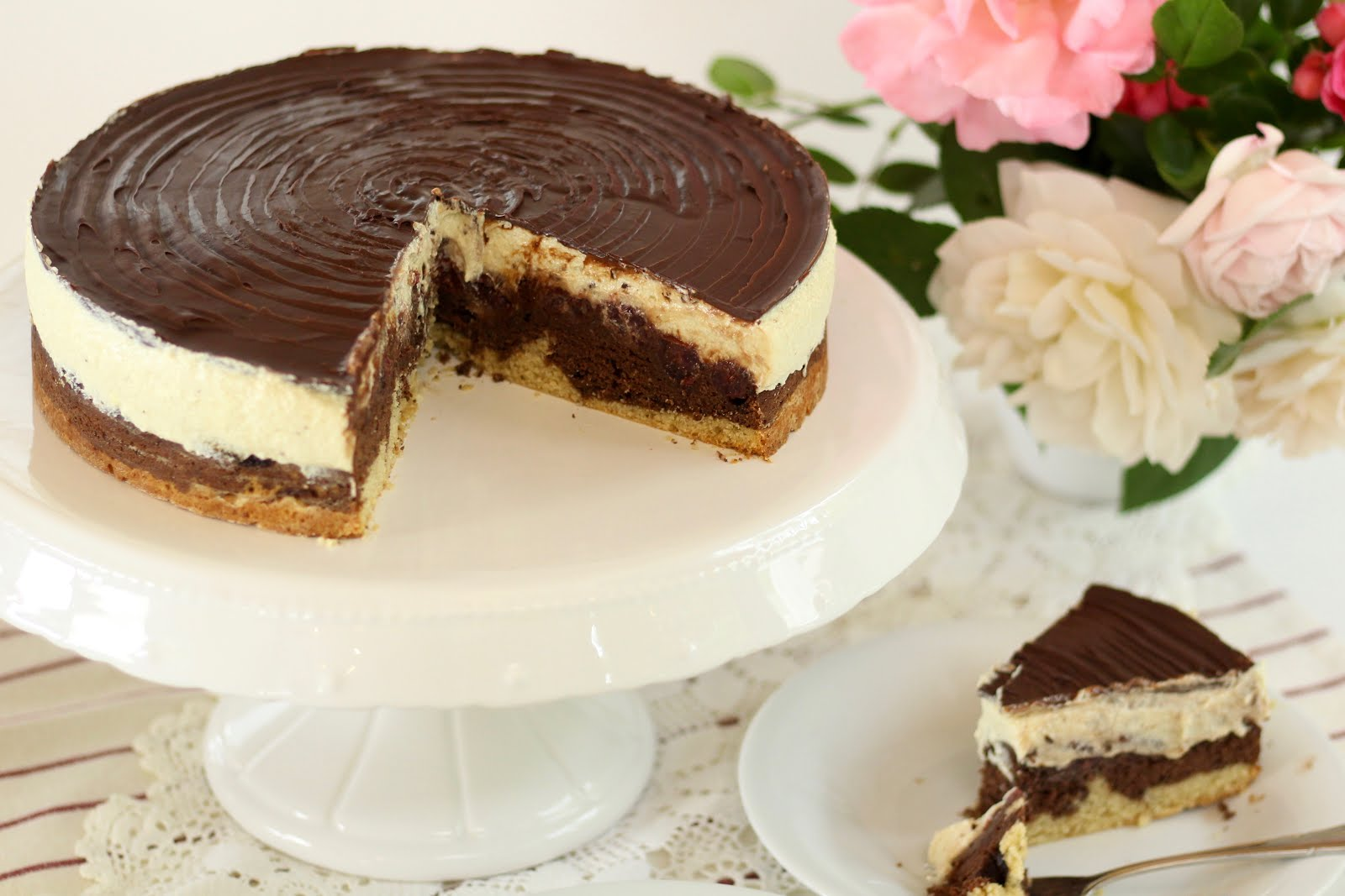 Super leckere vegane Donauwellen-Torte | Rezept und Video