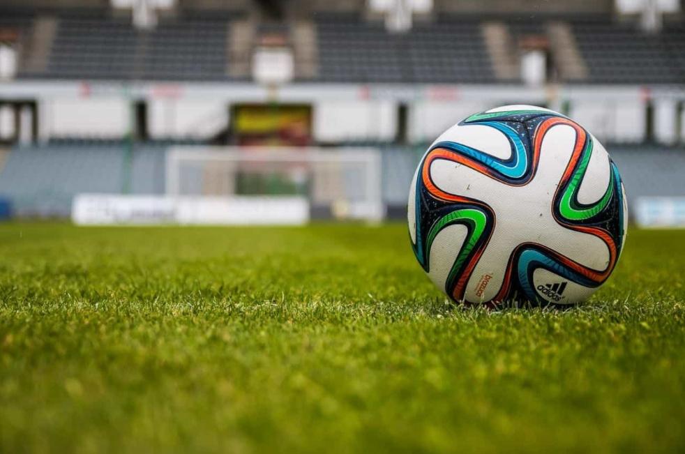DIRETTA Calcio: Inter-Cagliari Streaming Rojadirecta Avellino-Frosinone Gratis. Partite da Vedere in TV. Domani Crotone-Juventus