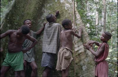 pygmees-louis%2BSarno.jpg