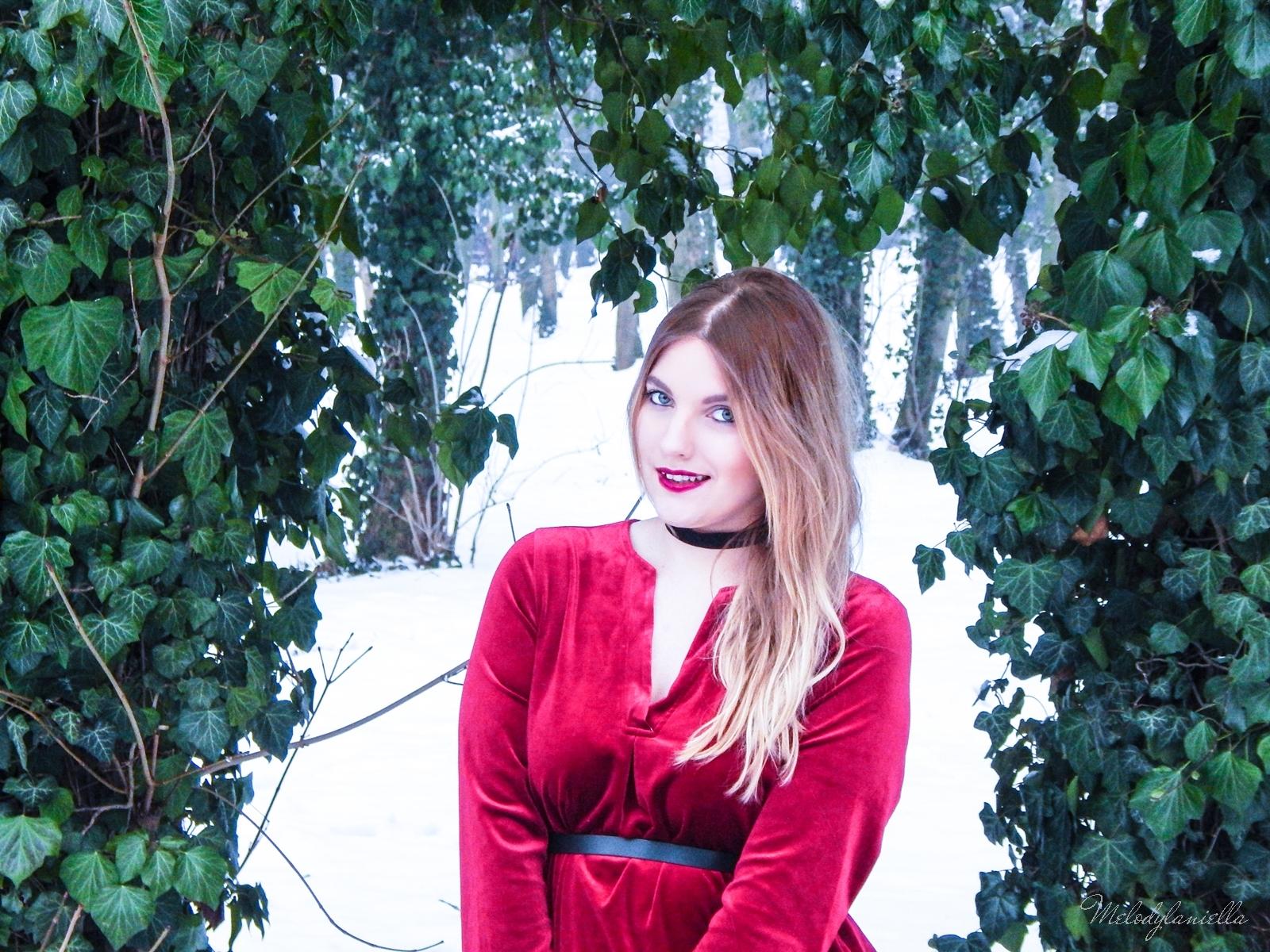 003 torebka manzana czarna czerwona aksamitna  sukienka zaful choker sammydress girl fashion zimowy lookbook stylizacja melodylaniella rajstopy veera pończochy fashion moda szary płaszcz