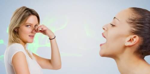 Inilah 7 Penyebab Mulut Menjadi Bau