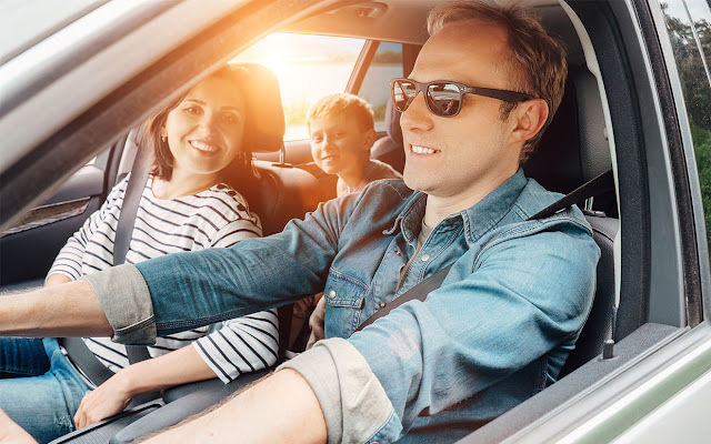 Tips berkendara aman bersama si buah hati tercinta