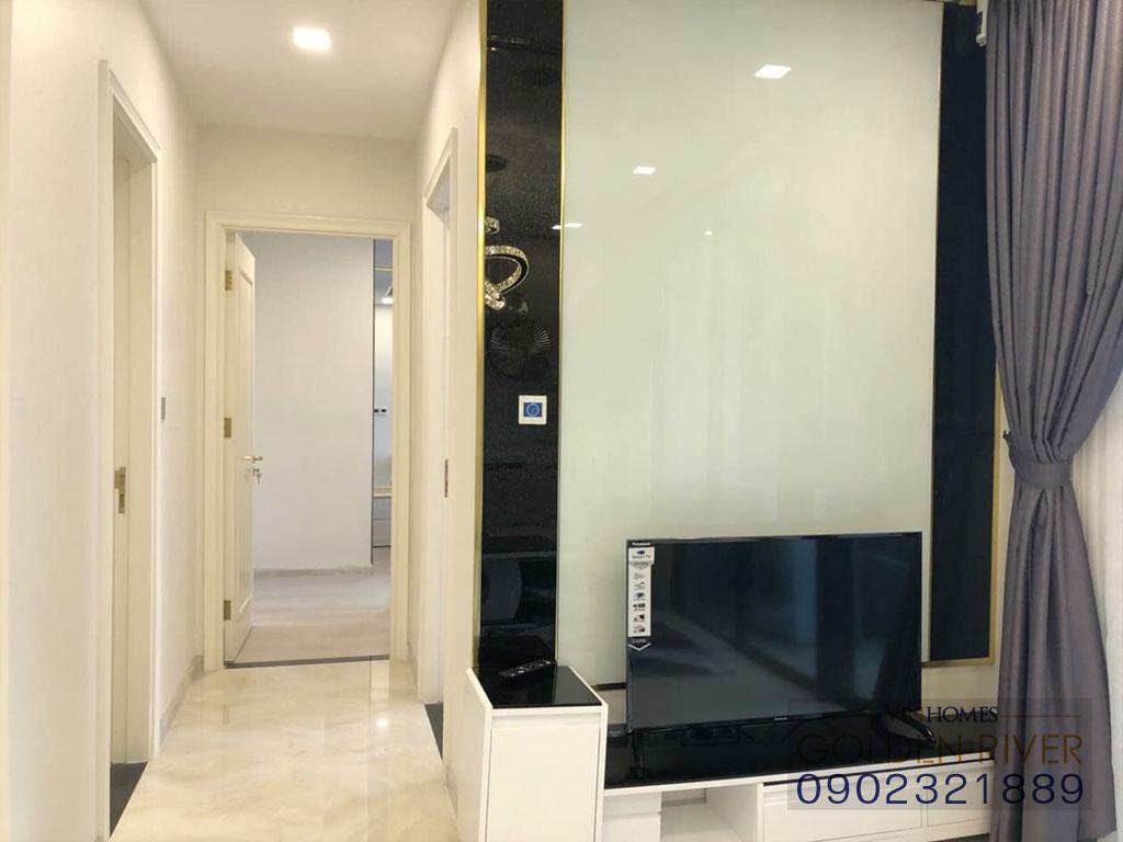 Cho thuê officetel 2 phòng ngủ Vinhomes Golden River Aqua 1 - hình 2