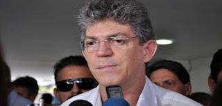 Avião do governador da Paraíba, Ricardo Coutinho enfrenta problemas e faz pouso forçado