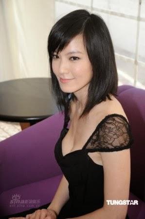 Kelly Lin Hsi-Lei Artis Wanita Asia dengan Payudara yang Besar