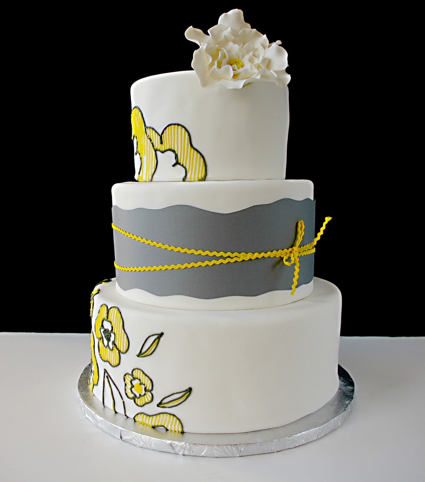 wedding cakes yellow and grey these peas are hollow ch ch ch changes 26162