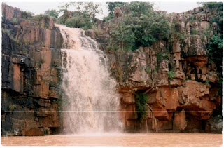 Handibhanga waterfall