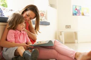 Tips Membuat Anak Bisa Membaca Sejak Dini