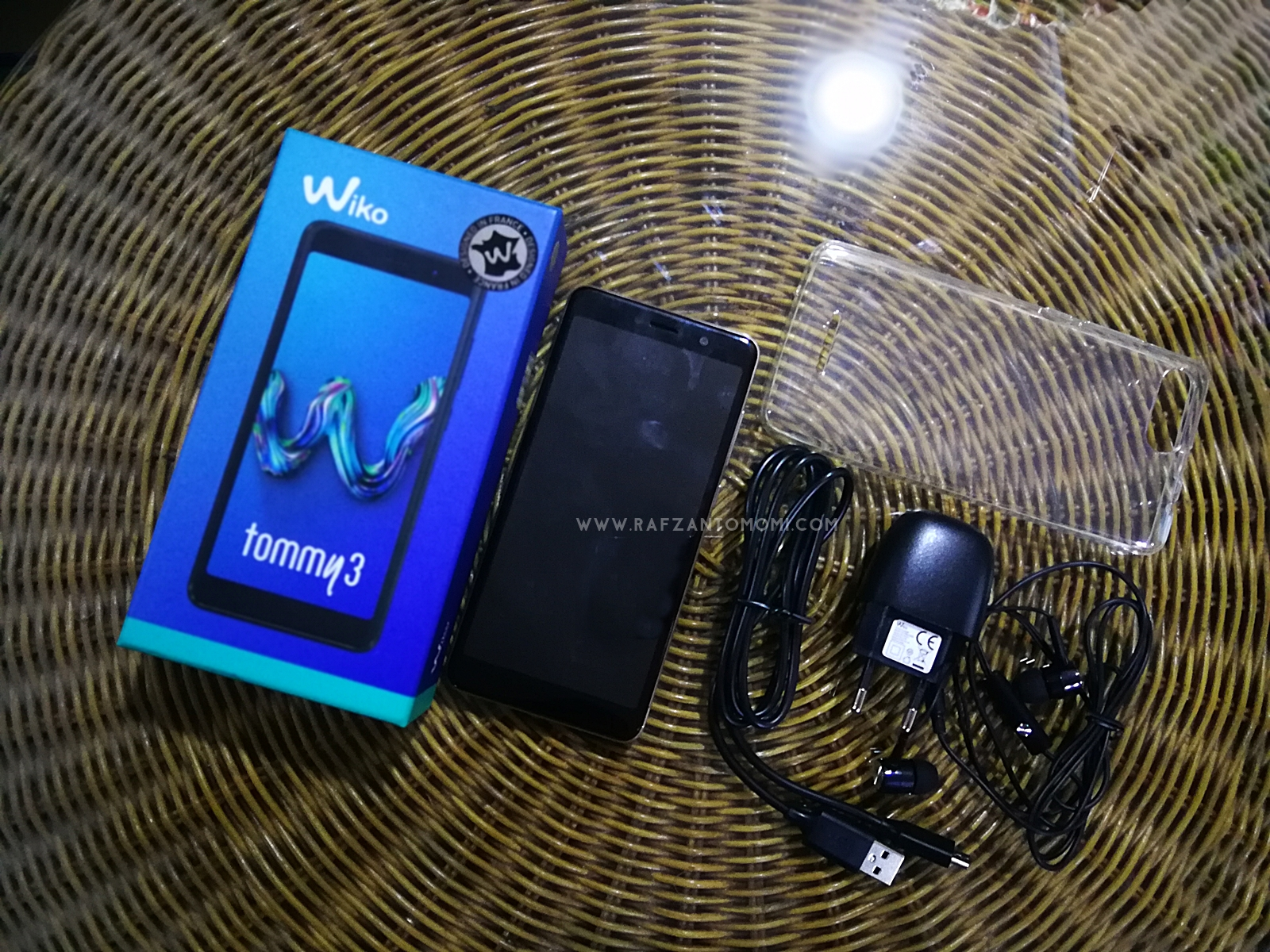 Wiko Tommy 3 - Smartphone Multi-tasking Yang Trendy & Youthful !