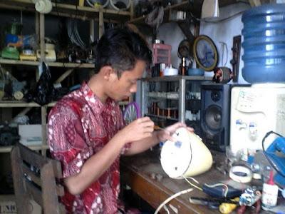 proses service alat elektronik