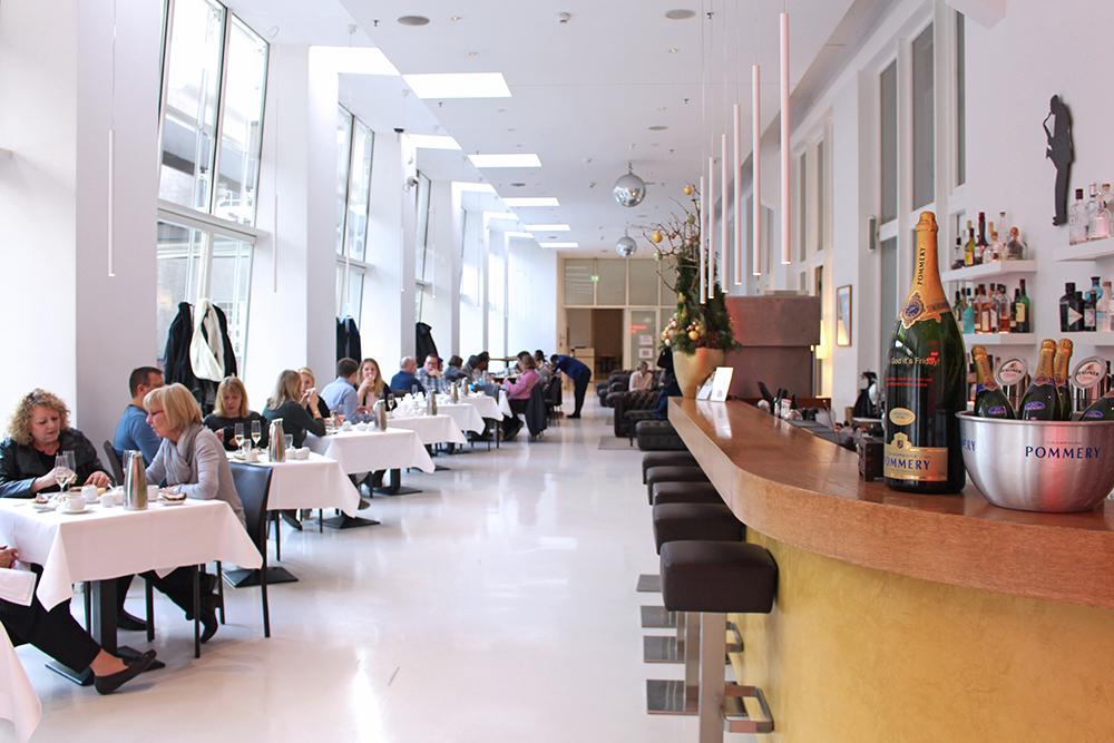 Lunch at Ellington Hotel, Berlin - travel & lifestyle blog