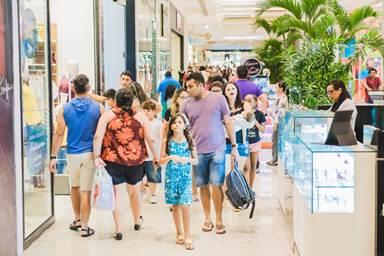 300735fd68908 Shoppings RioMar iniciam mega saldão nesta sexta-feira