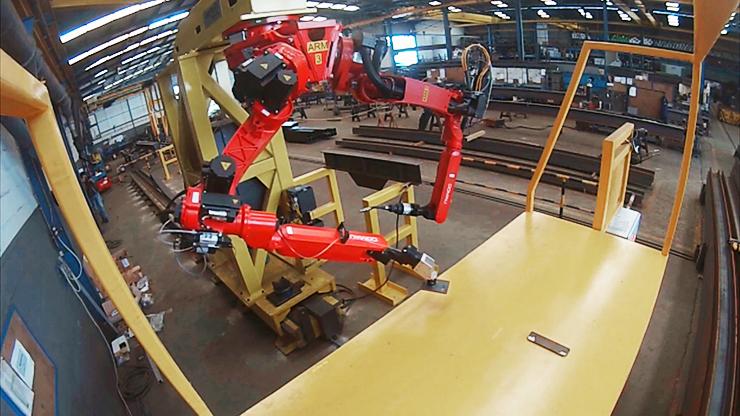 Автоматическая производственная система на основе двух антропоморфных роботов