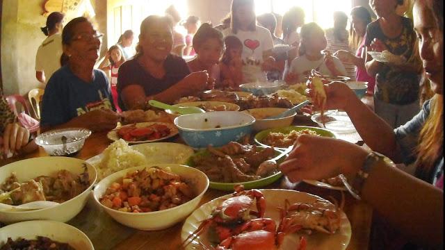 co jemy na Filipinach ? przede wszystkim ryż