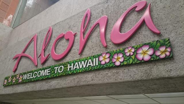 Aloha - Begrüßung am Flughafen Honolulu