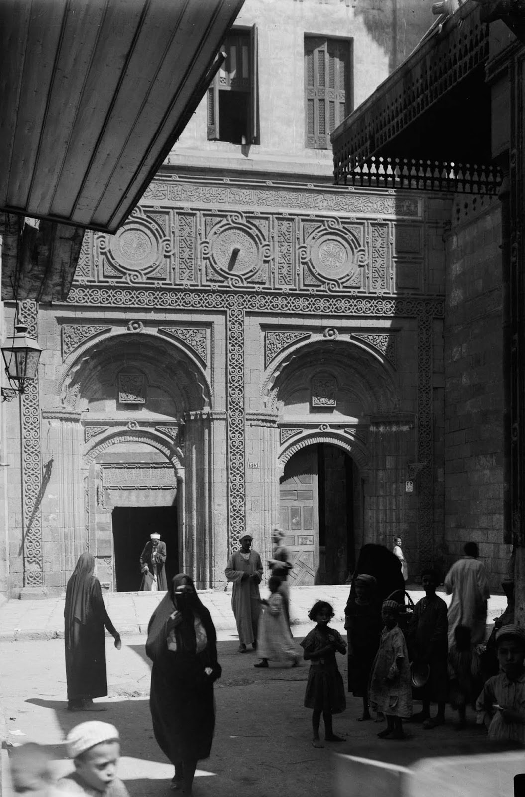 The south entrance of the Mosque of al-Azhar. 1934.