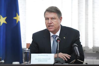 Klaus Iohannis, presidency.ro,  Călin Popescu Tăriceanu, Liviu Dragnea, román parlament,
