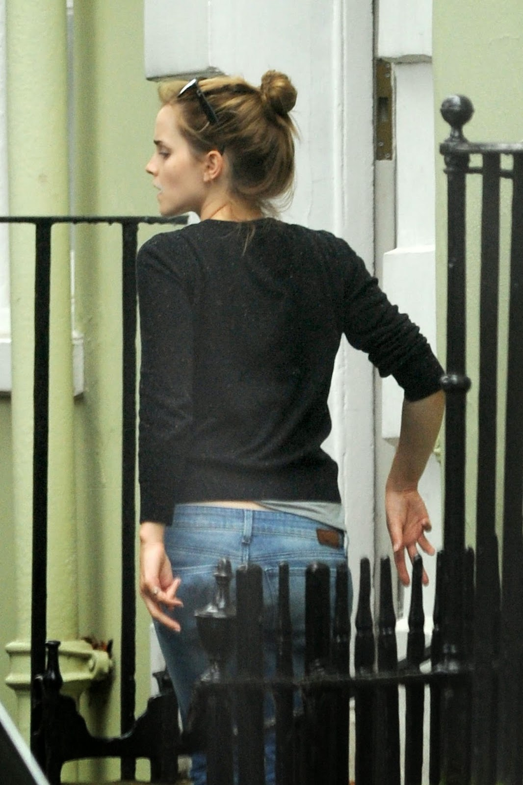 Emma Watson Packing Stuff to Move to London