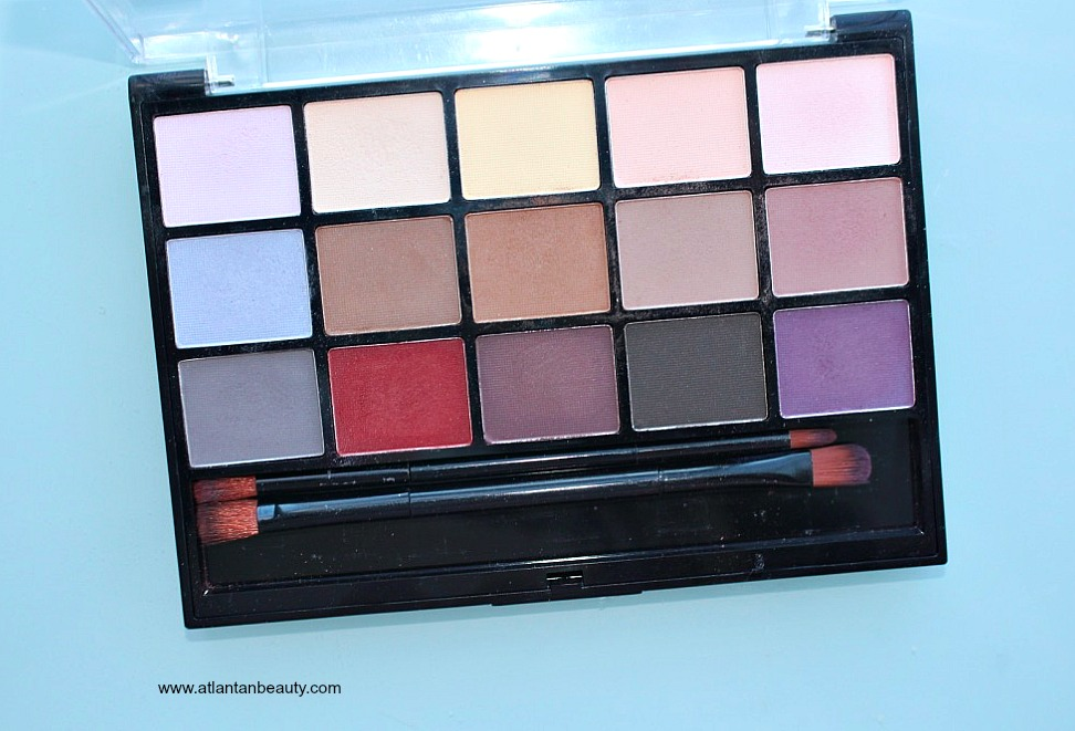 Hard Candy Look Pro Eyeshadow Palette