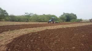 Prefeitura inicia corte de terra para agricultores do município de Montadas