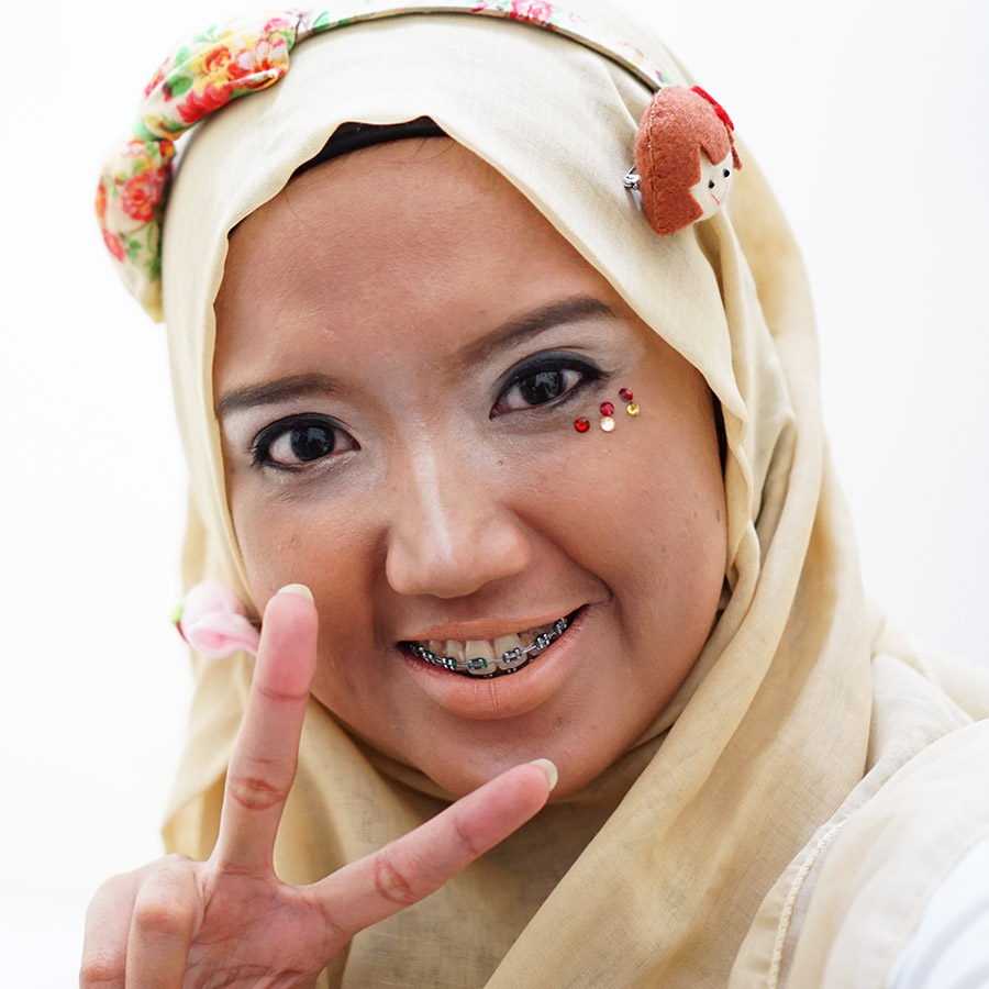 japanese-ganguro-makeup-beautiesquad