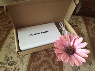 http://www.banggood.com/12000mAh-2USB-LED-External-Battery-Power-Bank-For-iPhone-p-952331.html?utm_source=sns&utm_medium=redid&utm_campaign=CinderelaWithFashion&utm_content=nicole