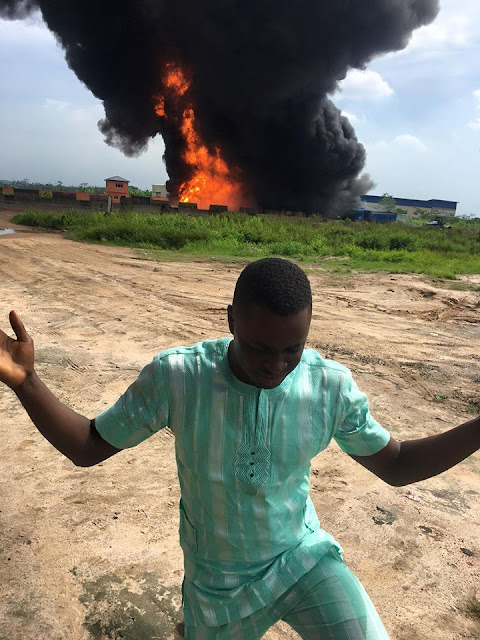 Just now, 3:05pm, Mobil Tanker conveying petrol caught fire along Lagos-Ibadan express way. My car was just opposite in top speed when the tanker exploded. Four persons has been declared dead but I live.  #glory