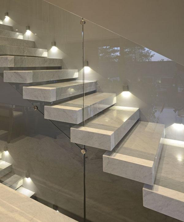 Casas minimalistas y modernas escaleras estilo minimalistas - Escaleras de caracol minimalistas ...