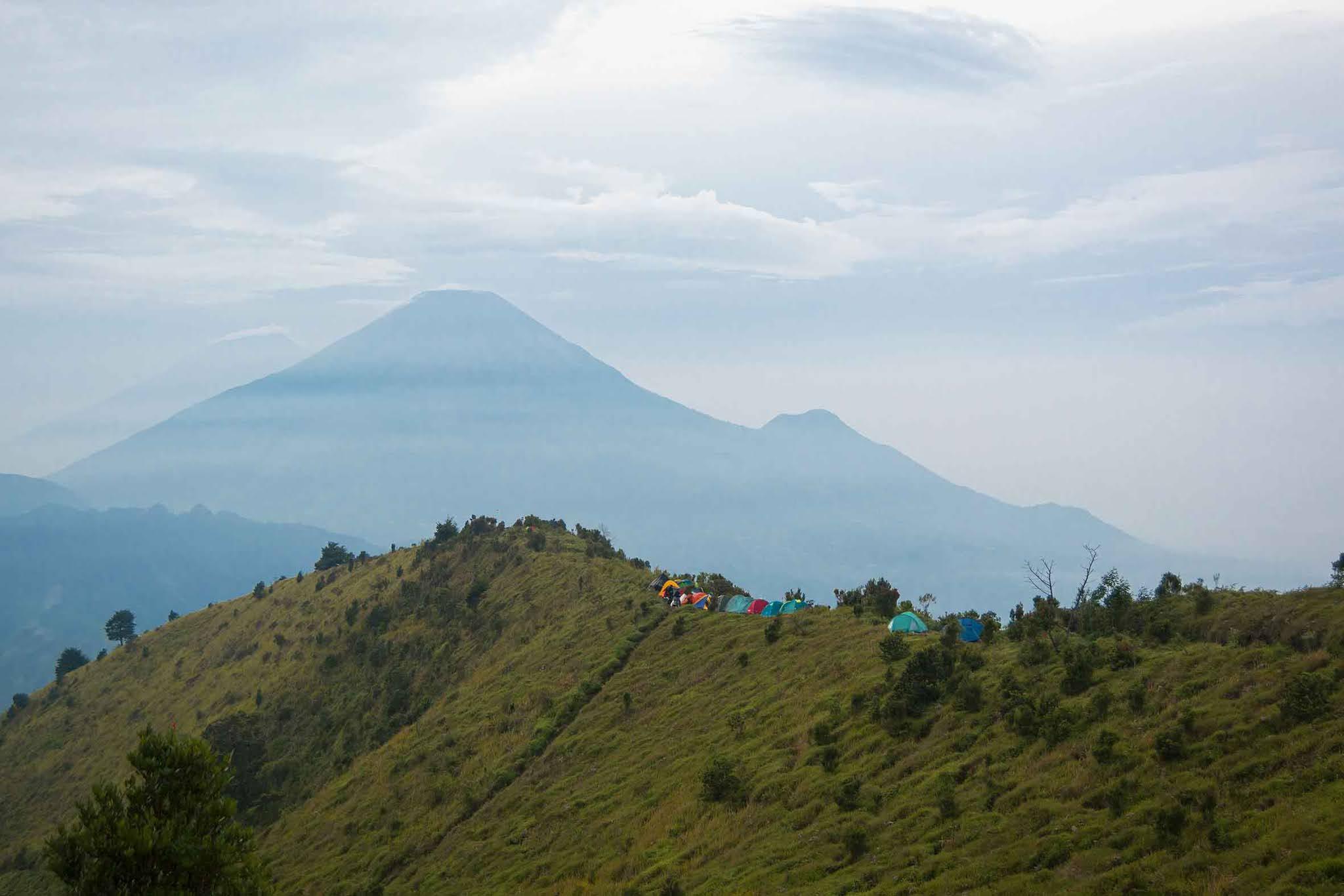 Bukit Rindu Gunung Prau - Foto Instagram jalalludinj