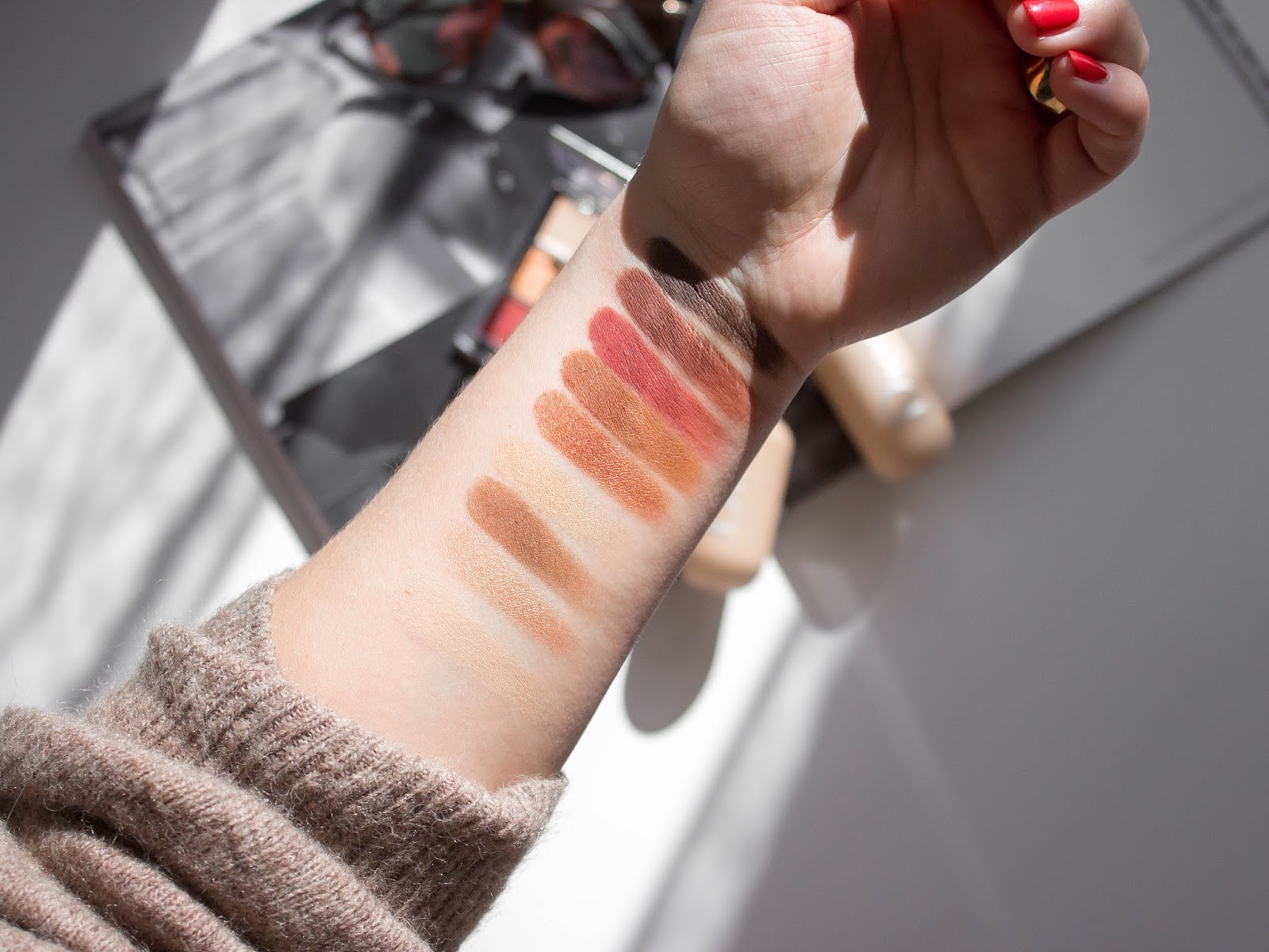 Dior backstage amber neutrals stíny