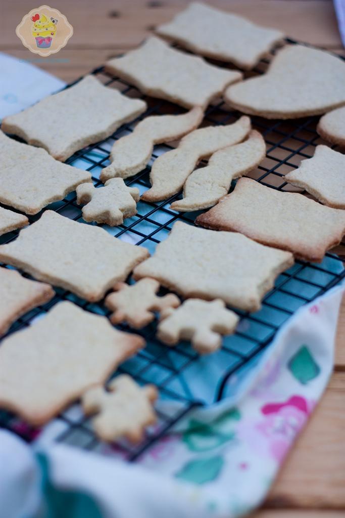 kruche maślane ciasteczka, przepis na kruche ciasteczka, maślane ciasteczka przepis