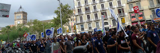 Local police demostrate in #Barcelona for better rights
