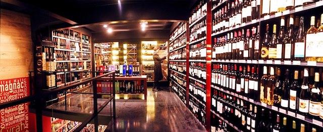 Comprar bebidas em Barcelona