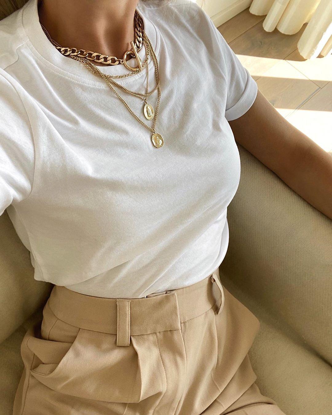 15 White T-Shirts That Are Wardrobe Staples