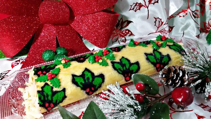tronco-de-navidad-de-almendra-y-frambuesa, raspberry-christmas-log
