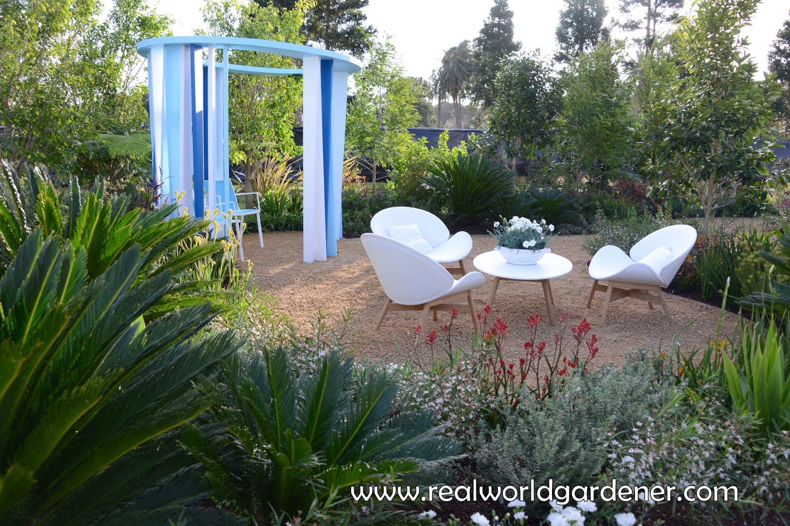 Real World Gardener Creating Contemporary Gardens part 1 in Design ...