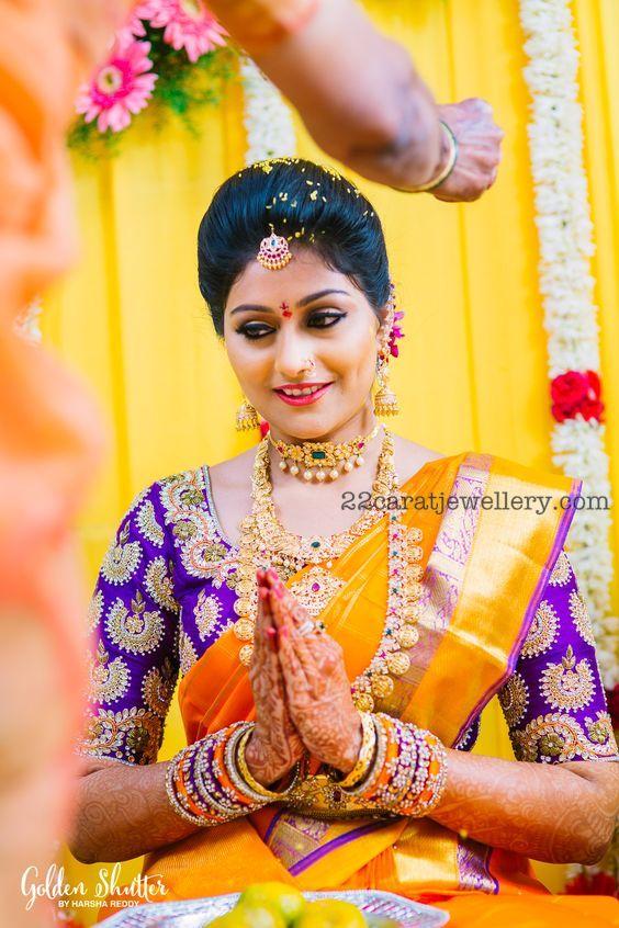 Gorgeous Bride in Ram Parivar Mala