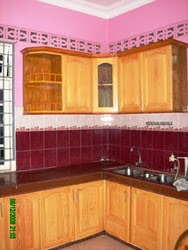 Kabinet Dapur Kayu Pine