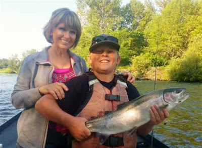 Rogue-river-summer-steelhead fishing