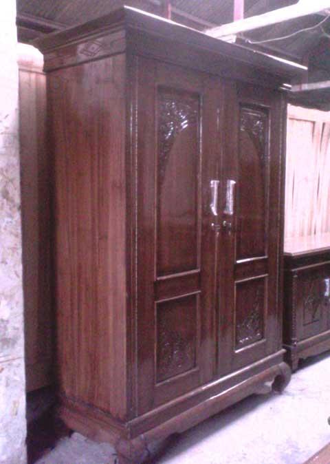 lemari pakaian 2 pintu jati