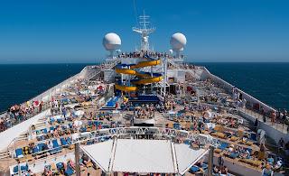 que empresas de cruceros hay en