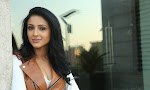 Majnu fame Priyashri new stylish photo shoot-thumbnail