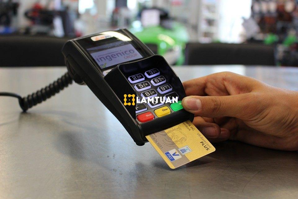 Bạn có thể sử dụng thẻ tín dụng để thanh toán những khoản mua sắm, những dịch vụ phải thanh toán trong và ngoài nước.