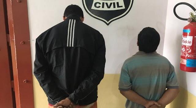 Dupla é presa ao tentar vender moto roubada para própria vítima em Colombo