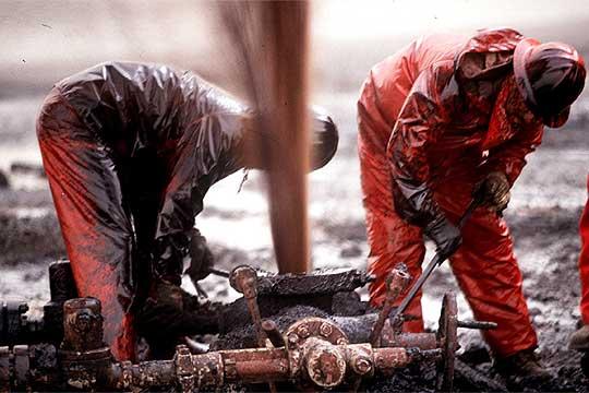 Petróleo abre a la baja en Nueva York a 57,27 dólares el barril