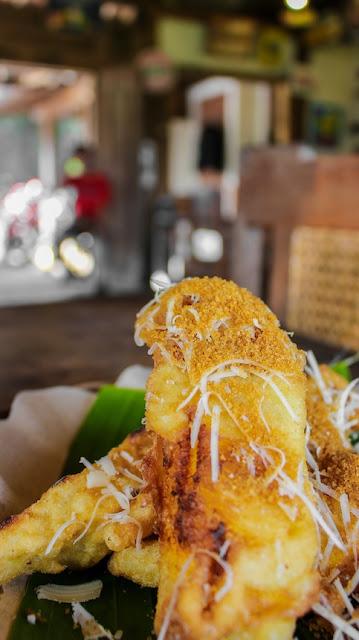 pisang goreng warung taru