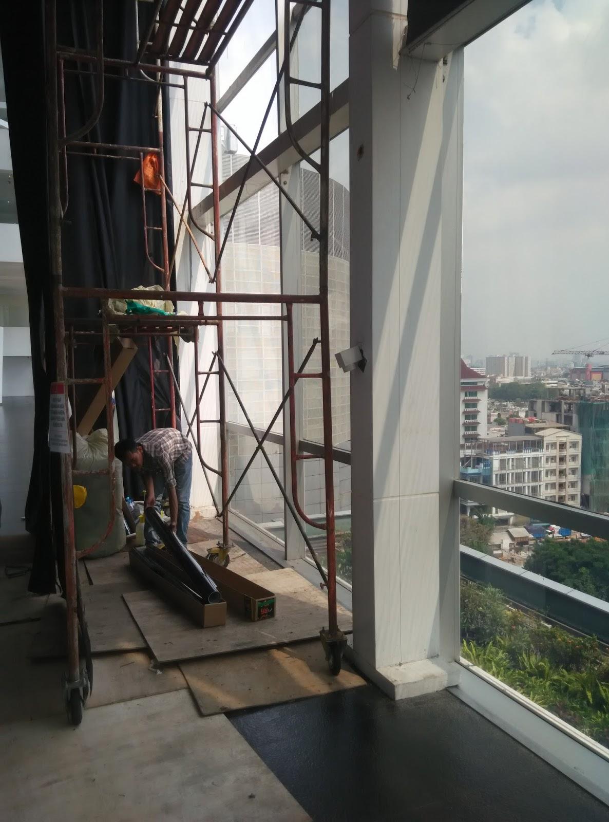 kaca film gedung grand indonesia